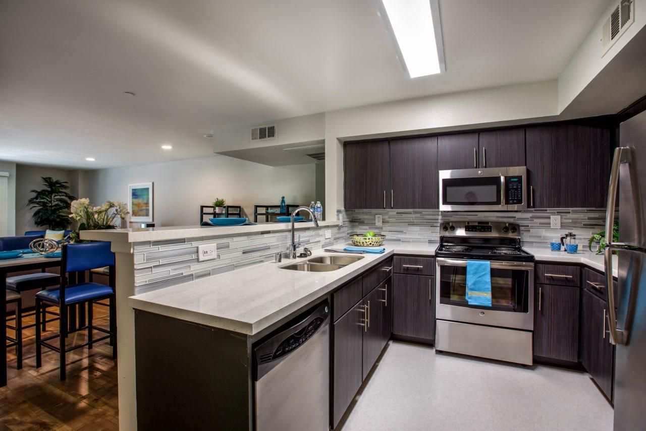 $1140 Five+ bedroom Apartment for rent