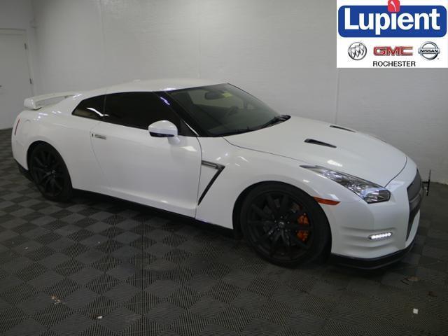 Nissan GT-R Premium 2014