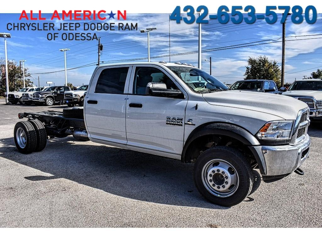 Ram 5500 Chassis Cab CREW CAB CHASSIS 2018