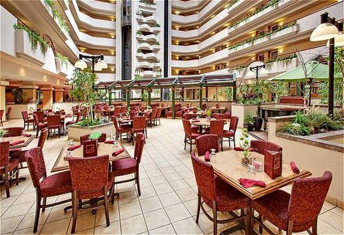 Holiday Inn Rapid City-Rushmore Plaza