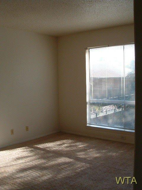 $820 Two bedroom Apartment for rent