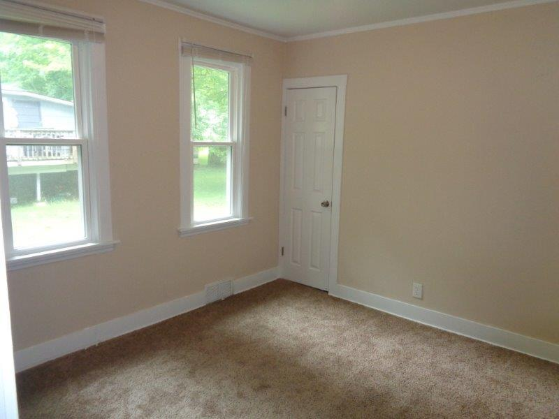 $1398 Three bedroom Apartment for rent