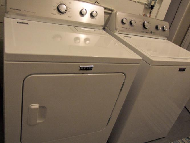 Maytag Large Capacity Washer - Great Condition!