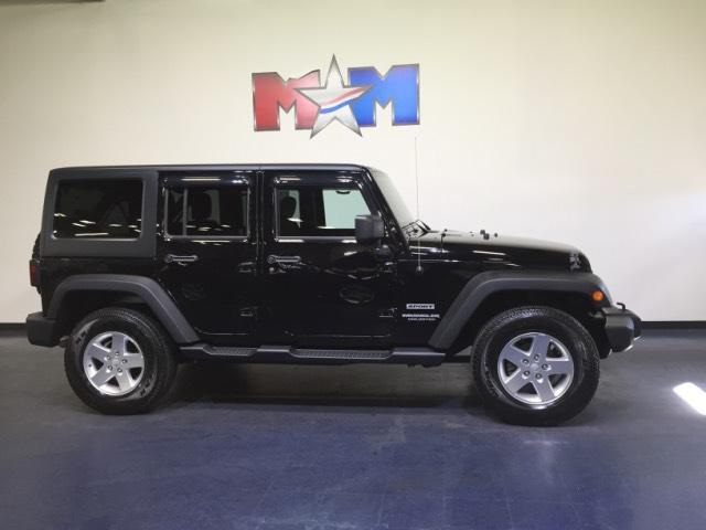 Jeep Wrangler Unlimited 4WD 4dr Sport 2014