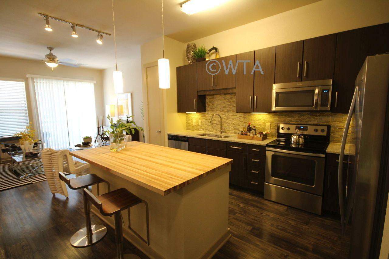 $2077 Two bedroom Apartment for rent