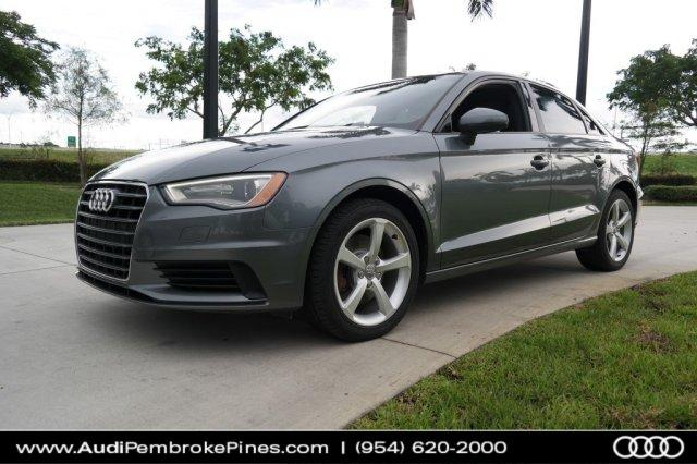 Audi A3 1.8T Premium 2015