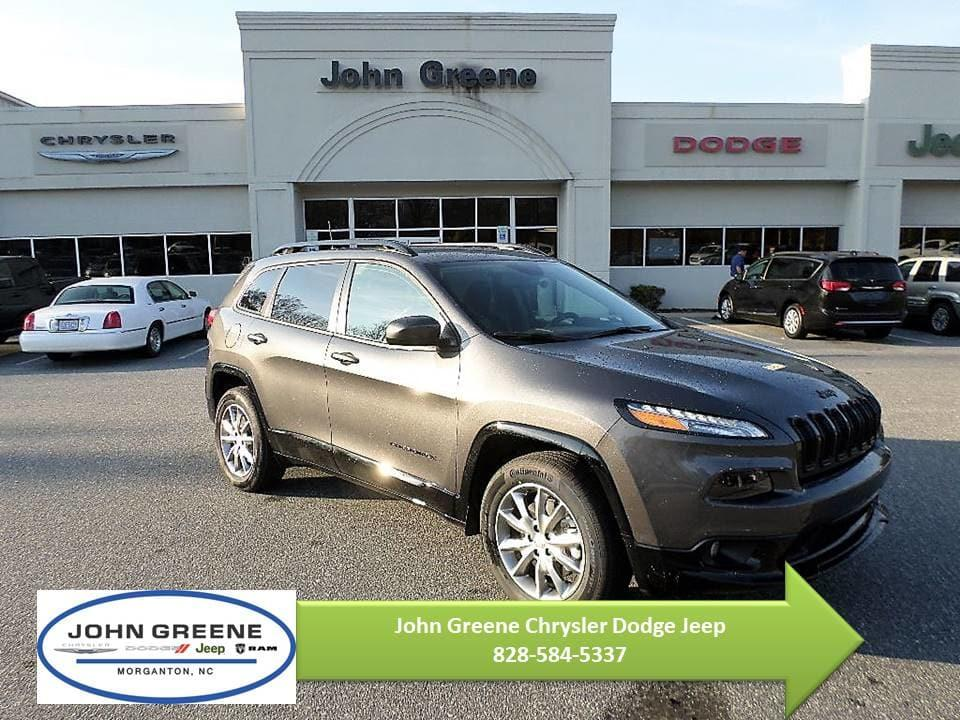 Jeep Cherokee CHEROKEE LATITUDE WITH TECH CONNECT PACKAGE 4X4 2018