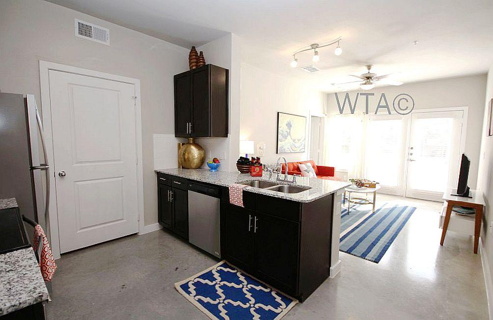 $1579 Three bedroom Apartment for rent