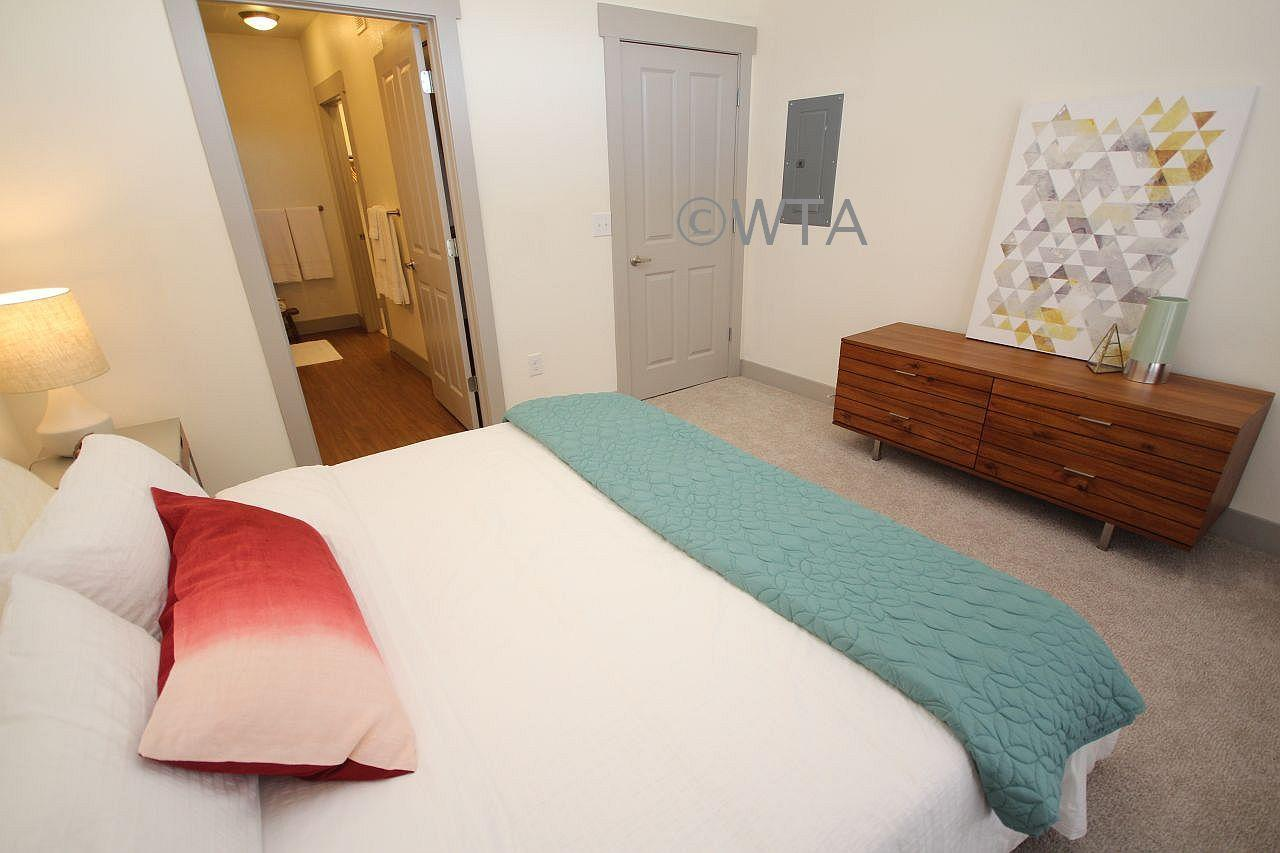 $1210 One bedroom Apartment for rent