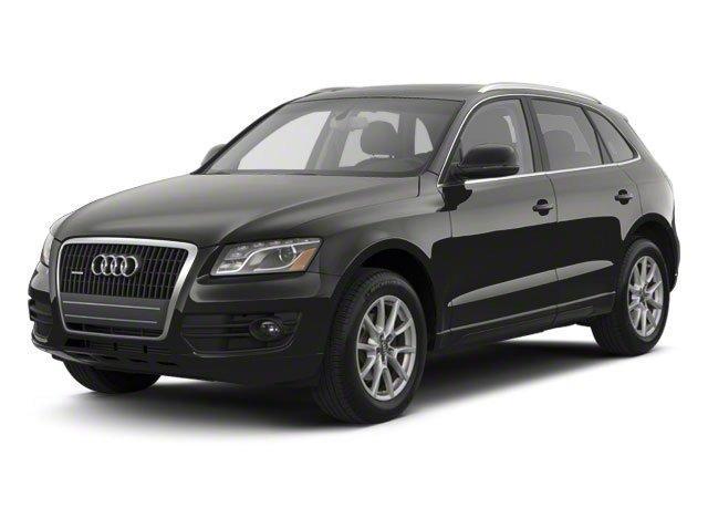 Audi Q5 3.2L Premium Plus 2011