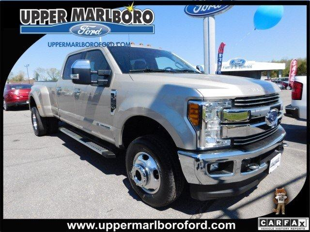 Ford Super Duty F-350 DRW Lariat 2017