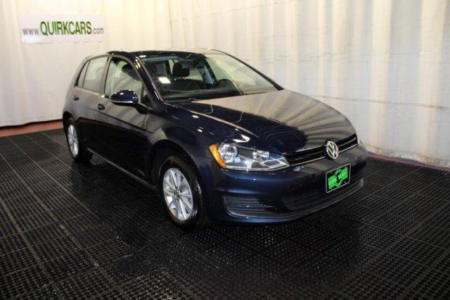 Volkswagen Golf TSI S 4-Door 2017