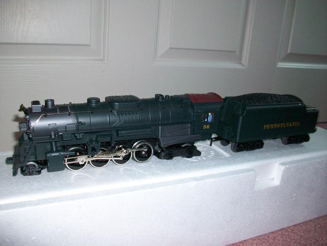 """Lionel Train Set: 2-8-4 Berkshire Jr. Locomotive & Tender """"O"""" Gauge"""