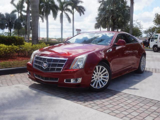 Cadillac CTS Coupe Performance 2011