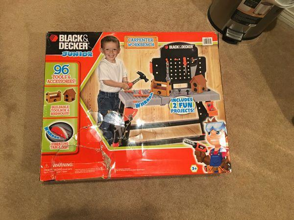 Black and Decker Junior Carpenter Workbench