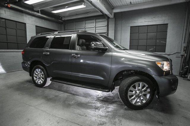 Toyota Sequoia Platinum 2013