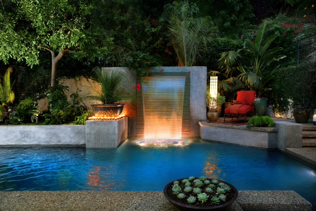 Los Angeles Pool Builders | Estate Pools & Landscapes