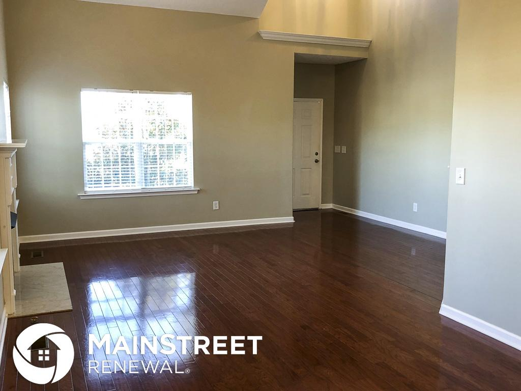 $1945 Three bedroom Apartment for rent