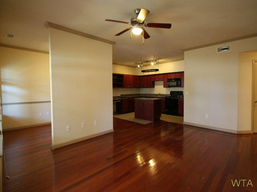 $1433 Two bedroom Apartment for rent