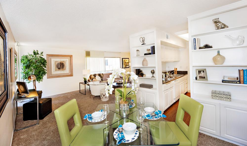 $4130 Three bedroom Apartment for rent