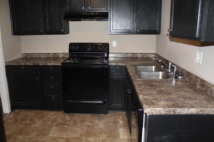 $1070 Three bedroom Apartment for rent