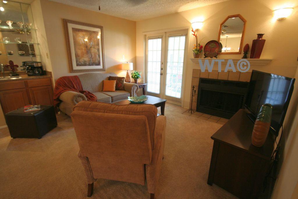 $1160 Two bedroom Loft for rent
