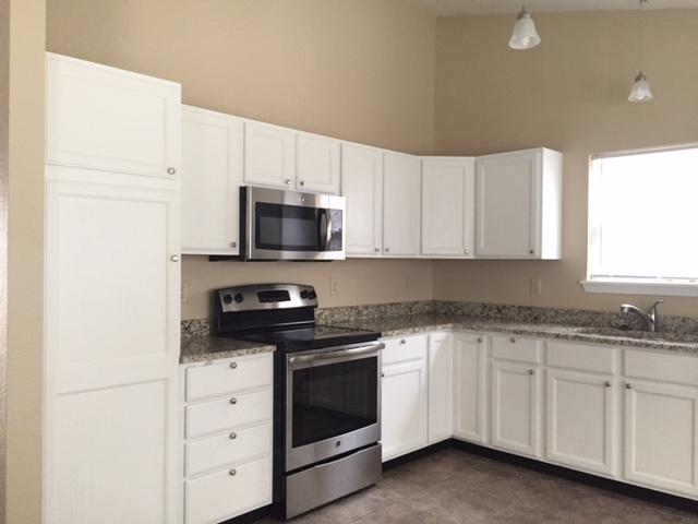 $1595 Three bedroom Apartment for rent