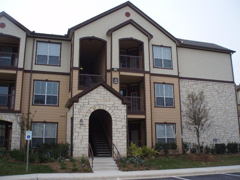 $1010 One bedroom Apartment for rent