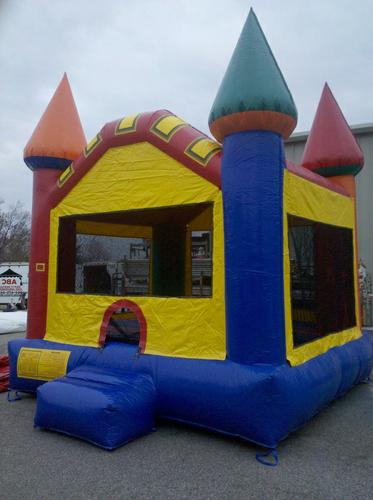MOON BOUNCE FOR SALE!
