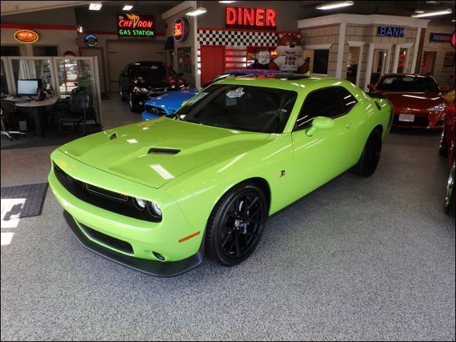 Dodge Challenger R/T Scat Pack 2015