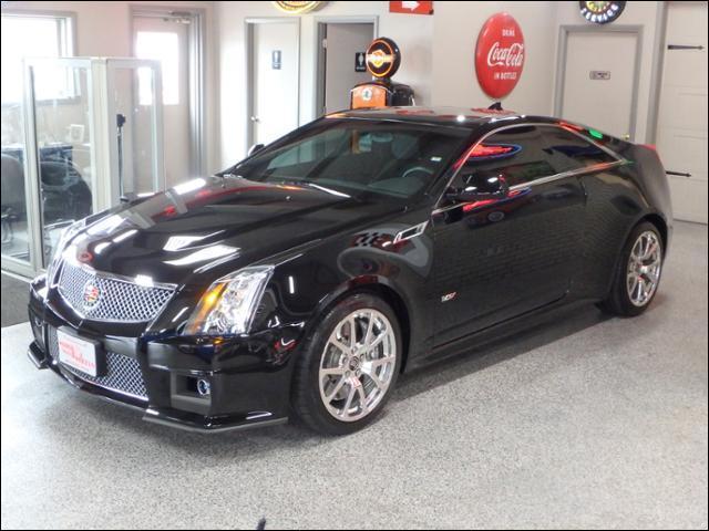 Cadillac CTS-V Coupe  2012