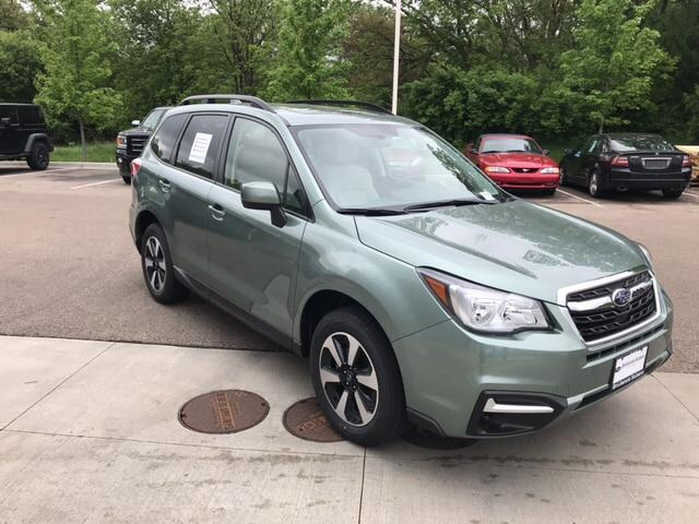 Subaru Forester 2.5i Premium with All Weather Package + Starlink 2018