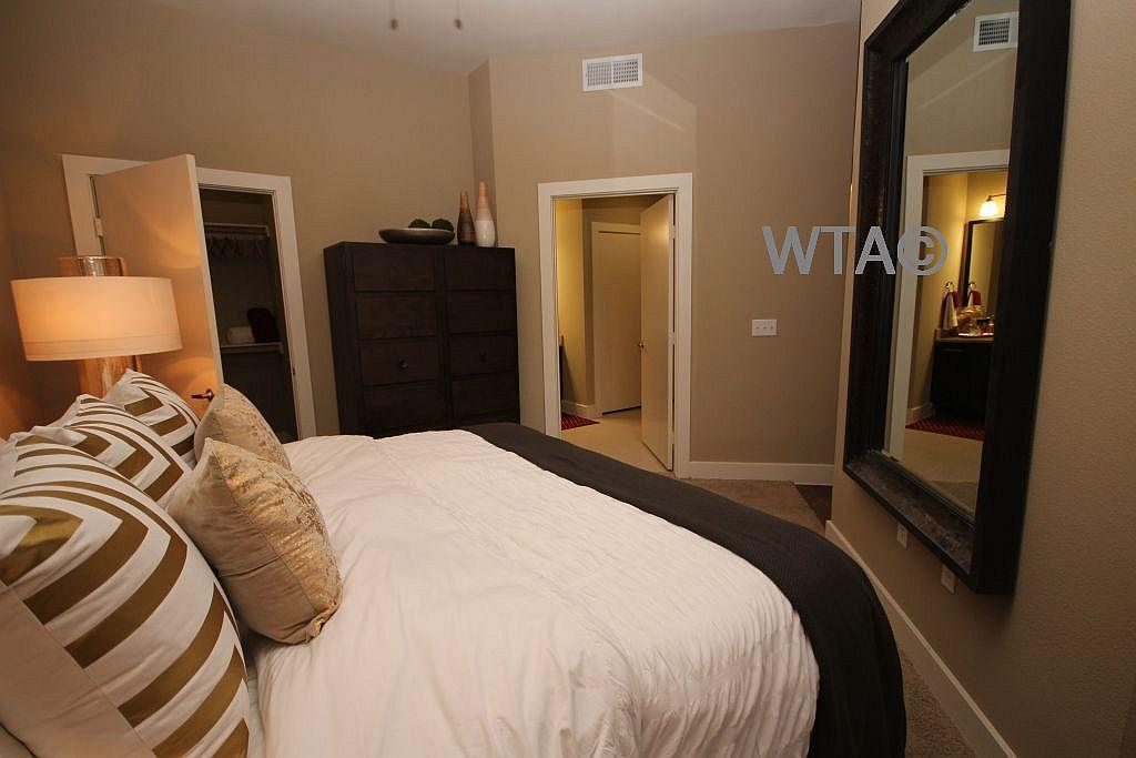 $1398 One bedroom Loft for rent