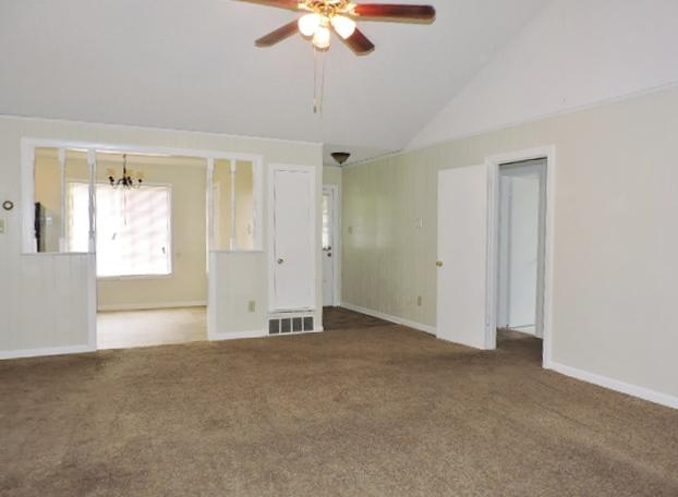 $1060 Three bedroom Apartment for rent