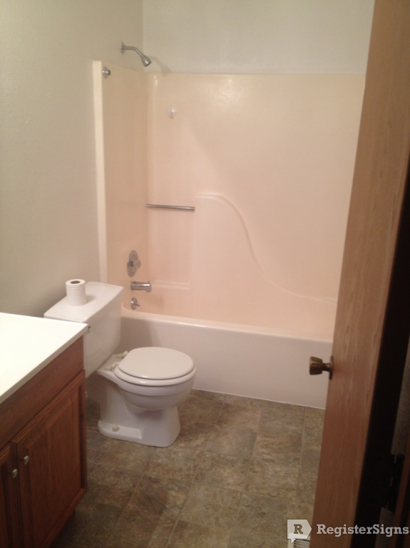 $1060 Three bedroom Townhouse for rent