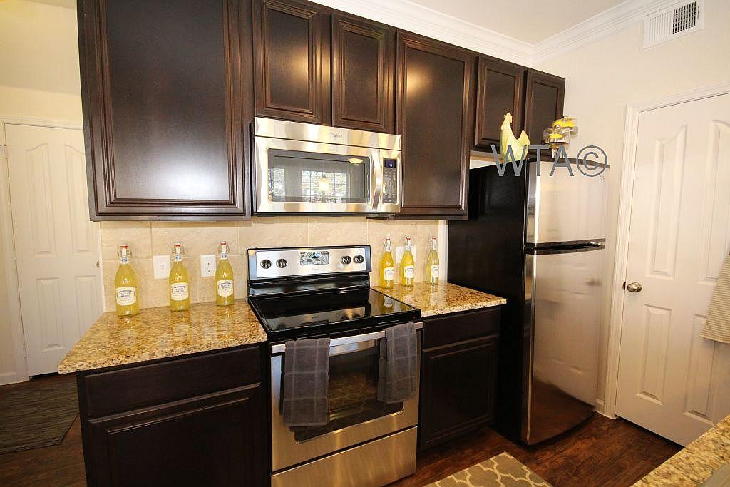 $2550 Three bedroom Townhouse for rent