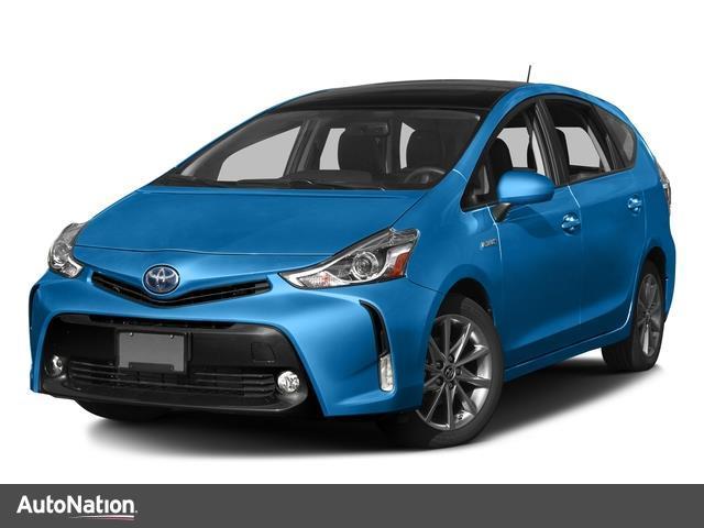 Toyota Prius v Three 2017