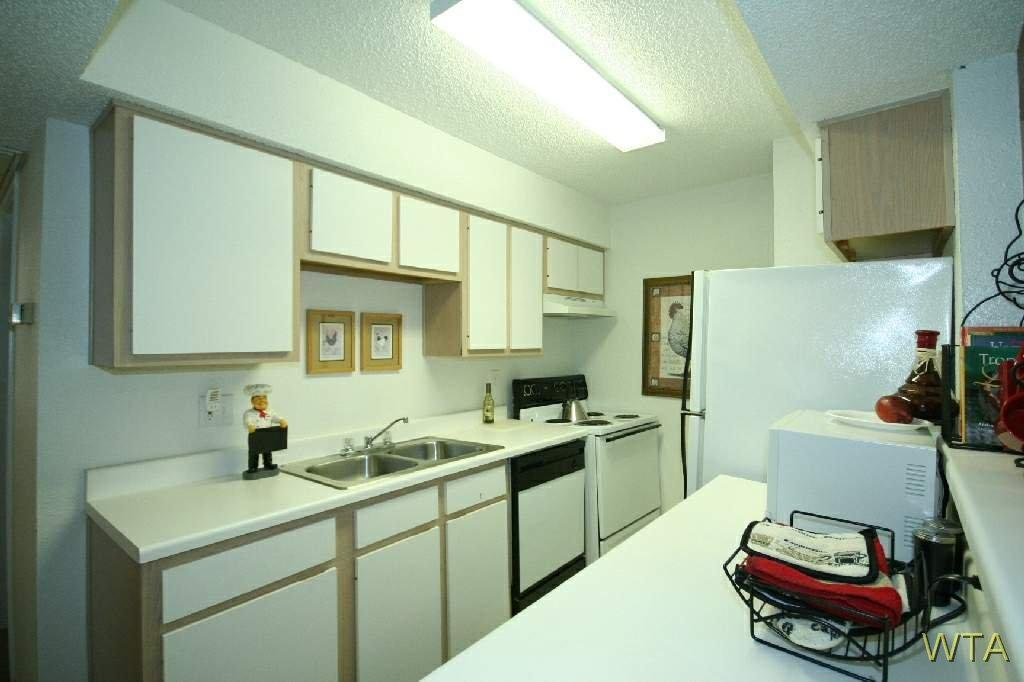 $1118 One bedroom Apartment for rent