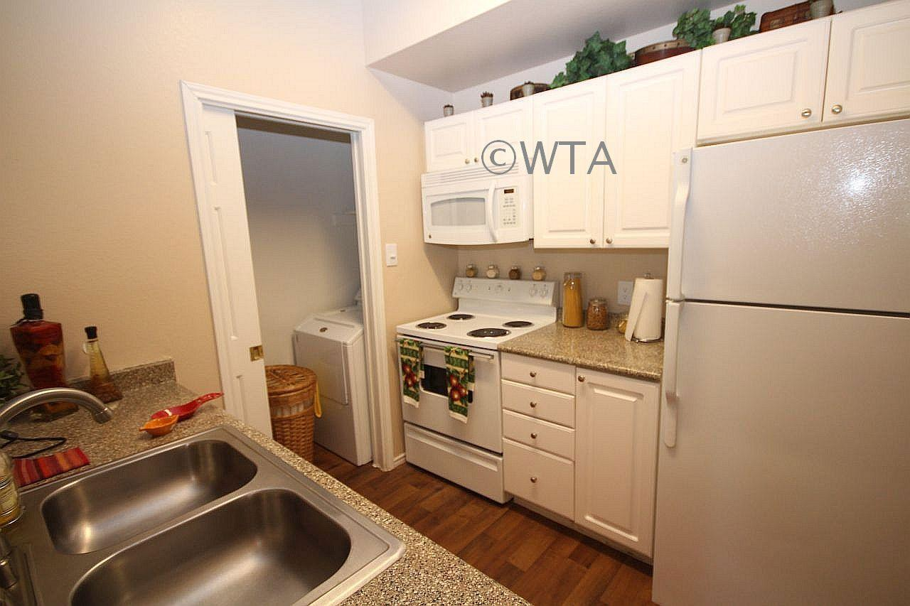 $1204 Two bedroom Apartment for rent