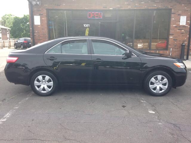I AM SELLING MY 2007 Toyota Camry LE