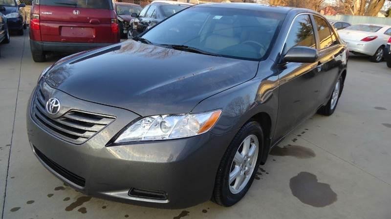 2007 TOYOTA CAMRY SE / LOW MILES / LEATHER SEATS / FULL POWER OPTIONS