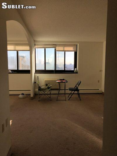 $1050 Studio Apartment for rent