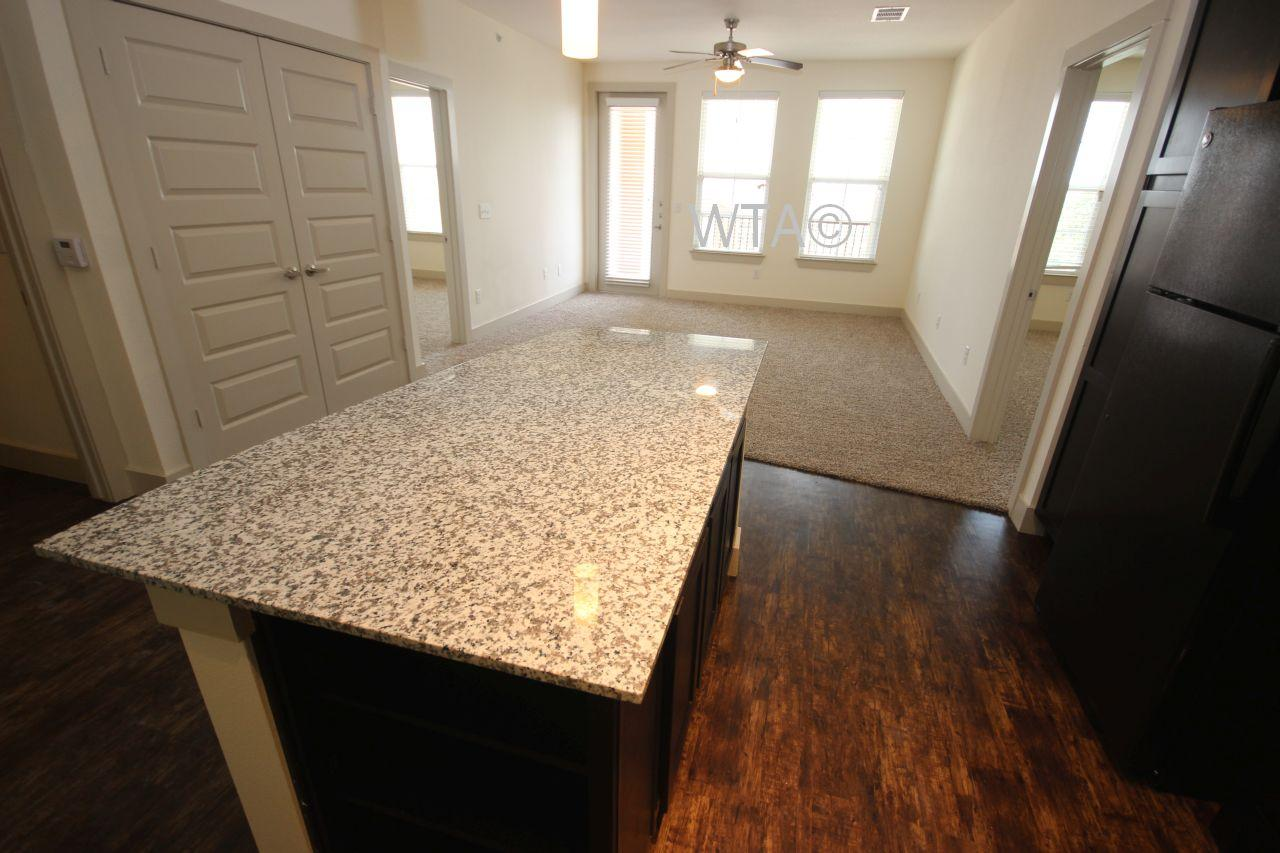 $1713 Two bedroom Apartment for rent