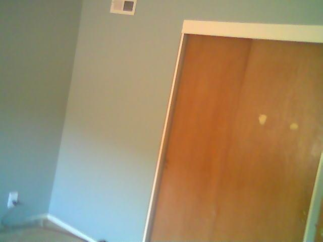 $685.00 PRIVATE NEWLY PAINTED ROOM in 3 bdrm house Available  April or May 1, 2019!!