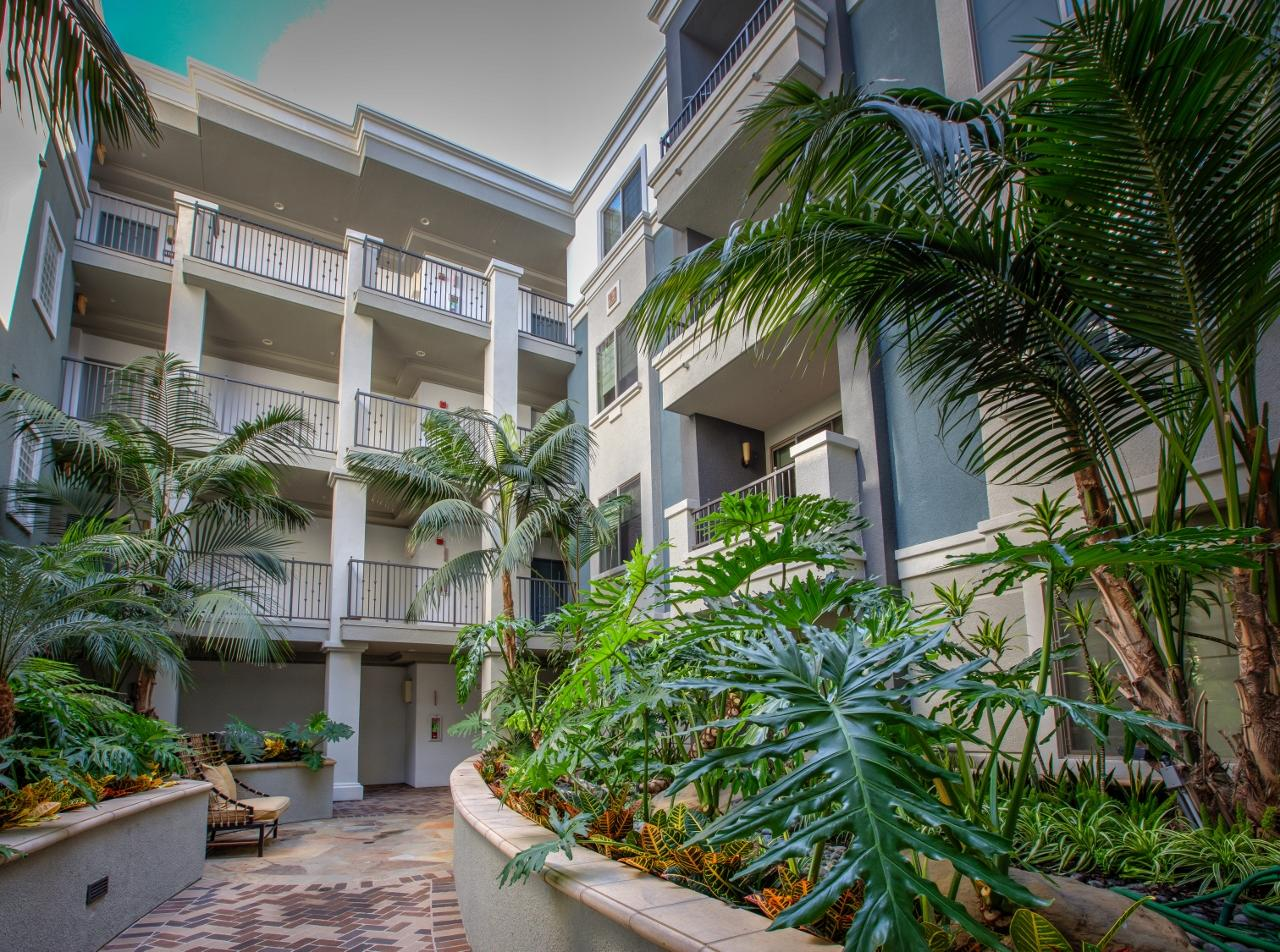 $5880 Two bedroom Apartment for rent