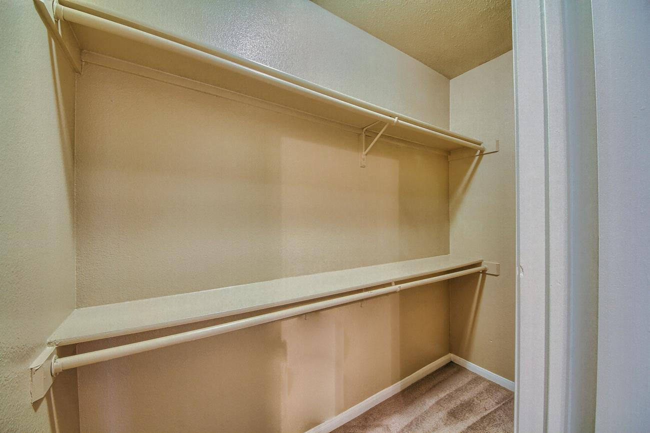 $2165 Three bedroom Apartment for rent