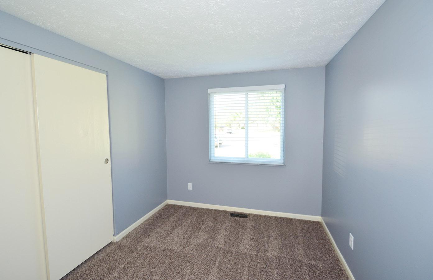 $1000 Three bedroom Apartment for rent