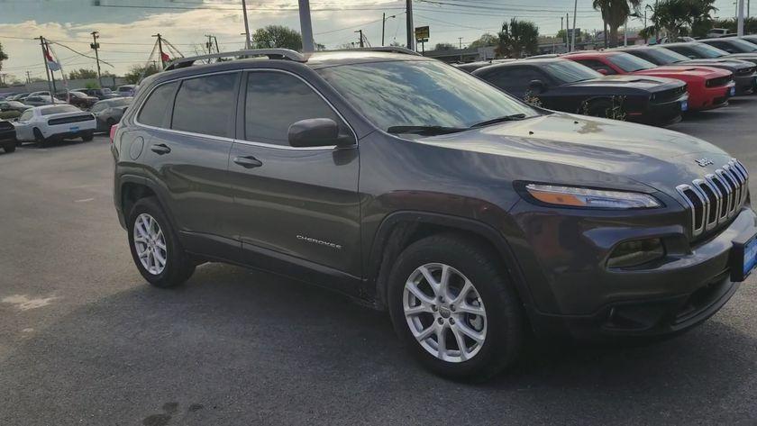 Jeep Cherokee LATITUDE PLUS FWD 2018