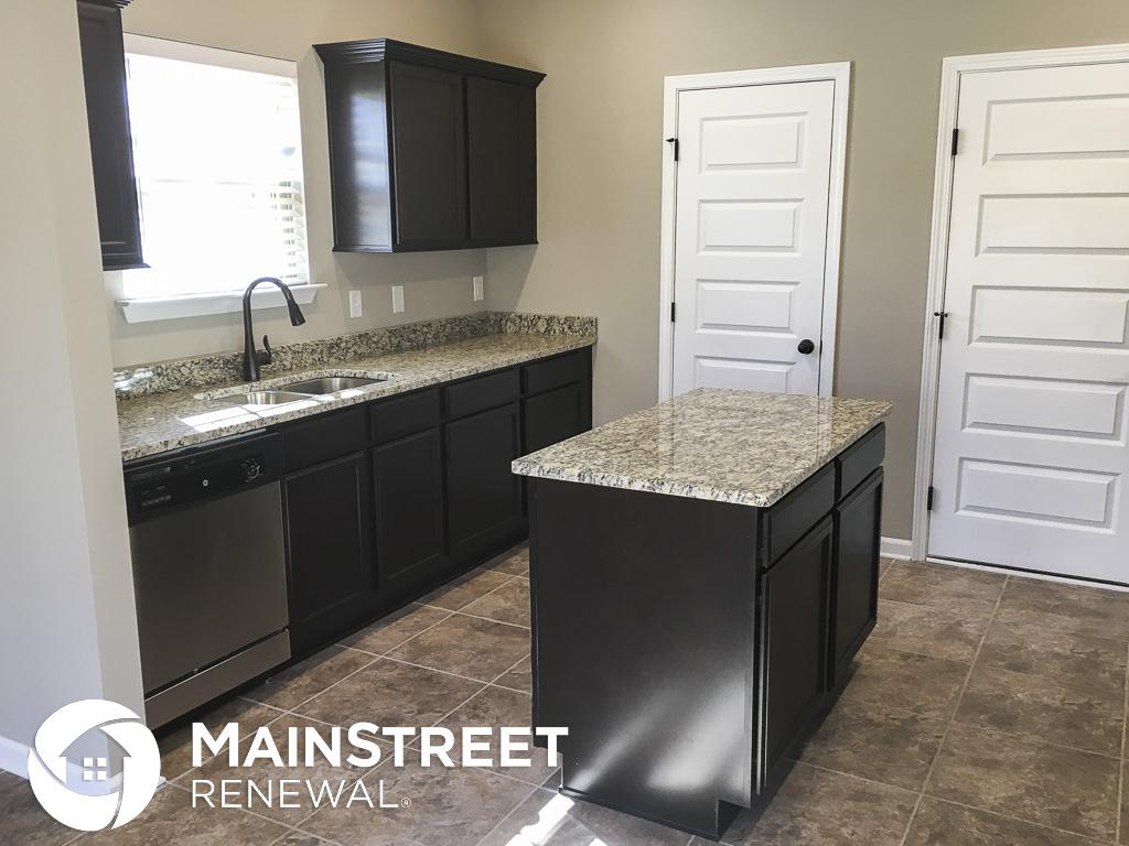 $1945 Four bedroom Apartment for rent