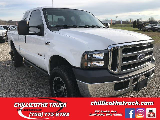 Ford Super Duty F-250 XLT Pickup 4D 6 3/4 ft 2007